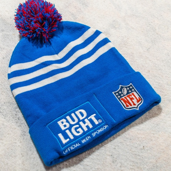 f16cbf22247 NFL National Football x Bud Light Beanie   Toque. M 5bdac1a11b3294f1a6eaab05